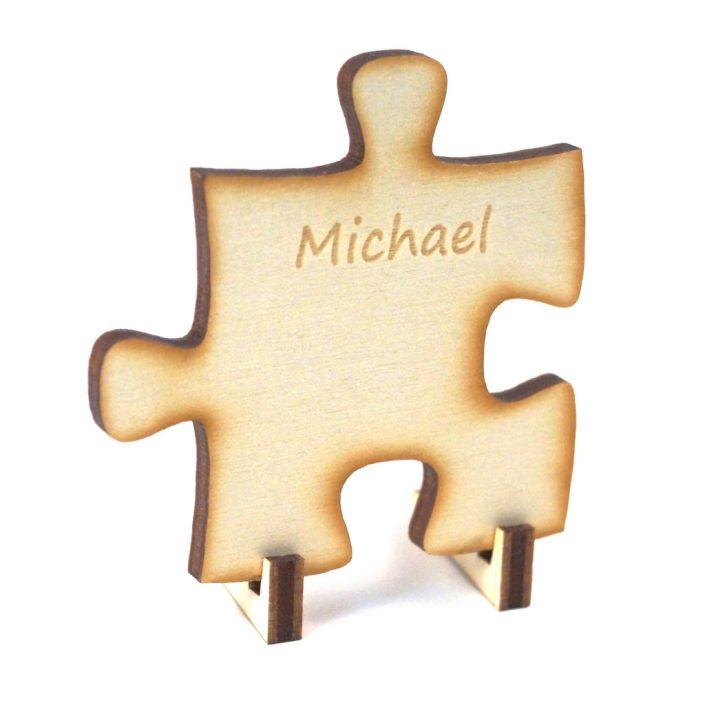 Tischkarte und Hochzeitspuzzle in Kombination mit Gravur